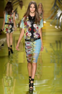 07-rtw-guide-versace_151227403306